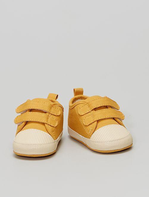 Baskets à scratchs                                         jaune