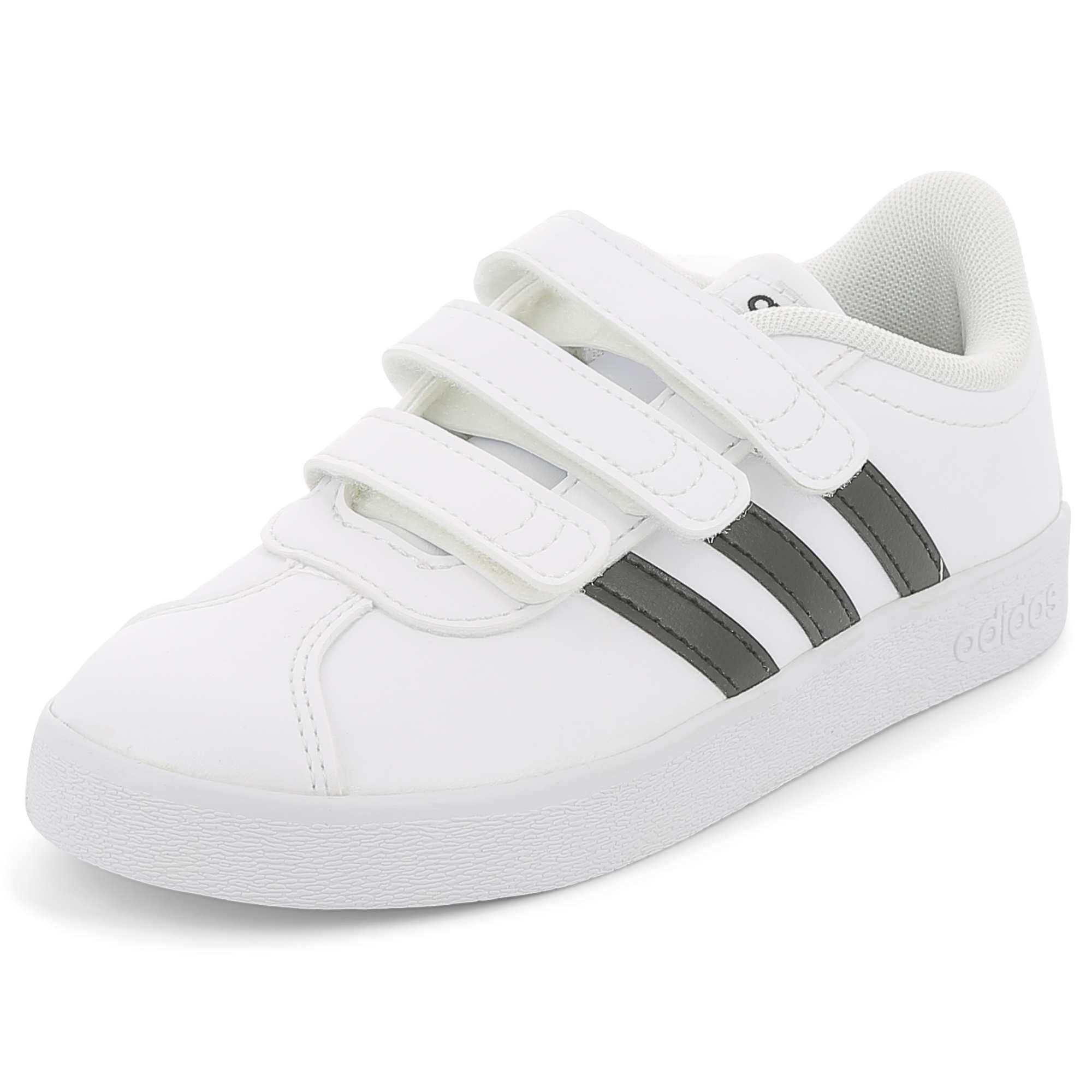 Couleur : blanc/noir, , ,, - Taille : 34, 29, 35,28,30Le basique toujours stylé et facile à chausser ! - Baskets basses en simili 'Adidas'