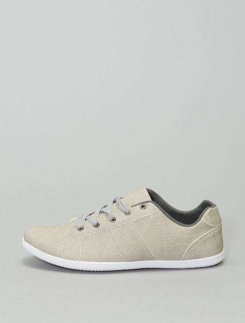 Baskets basses à lacets                                         gris