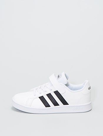 Baskets basses 'Adidas GRAND COURT C'