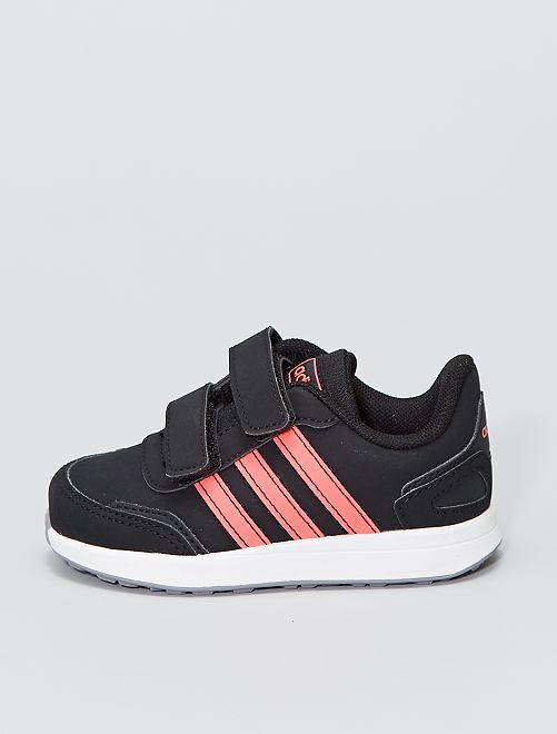 Baskets basses 'adidas' 'VS Switch 3'                             noir