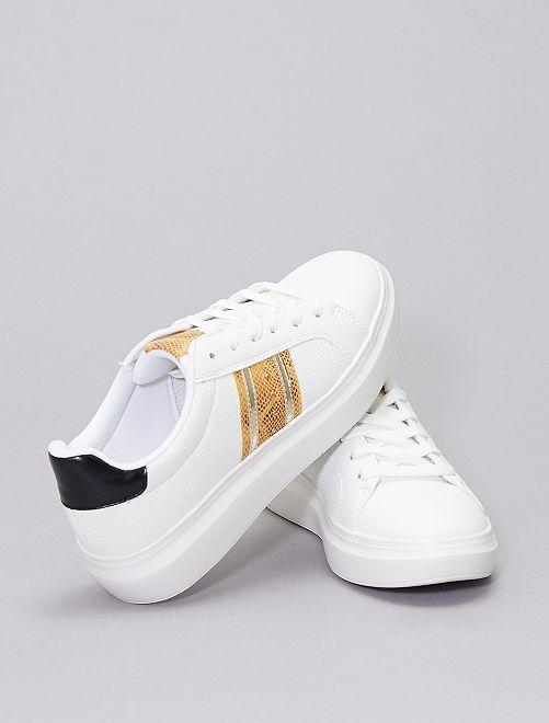 Baskets basses bandes côtés                             blanc