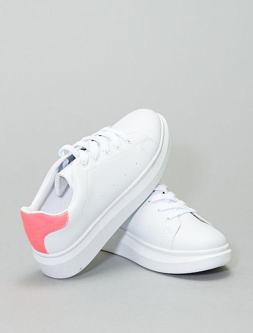 Baskets basses détail fluo                             blanc/fuchsia
