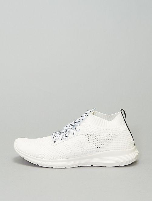 Baskets basses effet tissé                                                     blanc