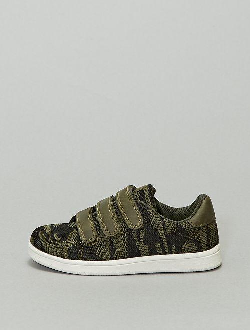 Baskets basses en textile 'camouflage'                             kaki