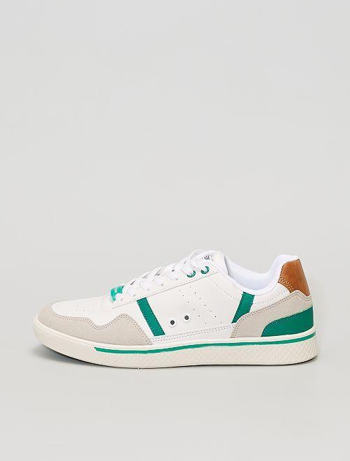 Baskets basses tricolores                             blanc/vert/gris