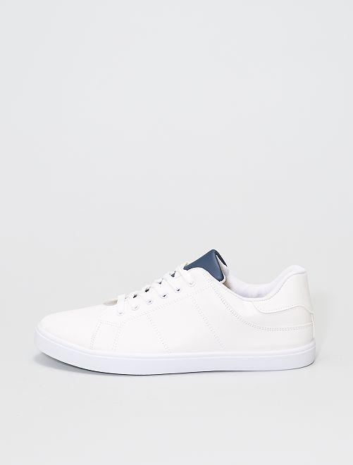 Baskets en simili                             blanc