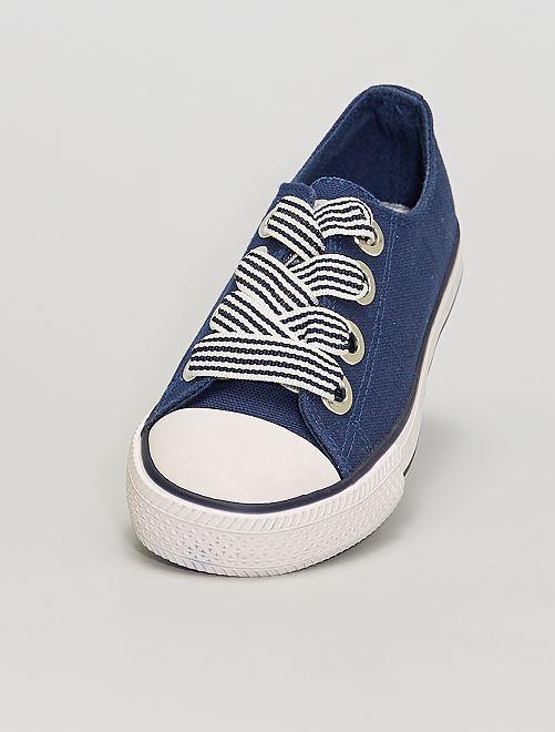 Baskets en toile                                         bleu