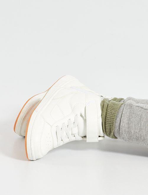 Baskets montante lacets élastiques                             blanc