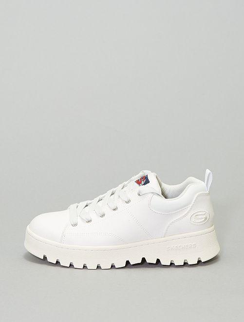 Baskets semelles épaisses 'Skechers'                             blanc