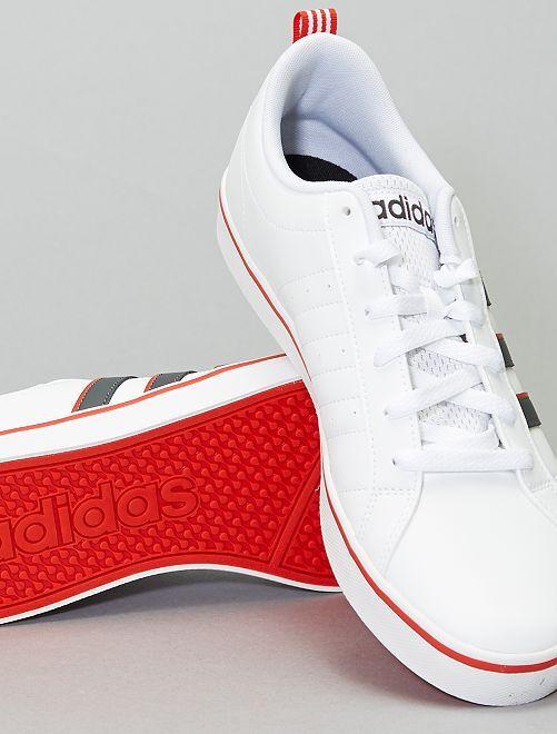 Baskets tricolores 'adidas Vs Space'                             blanc
