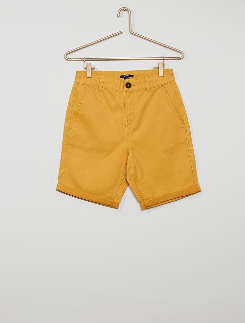 Bermuda chino en twill                                                                                                                 jaune