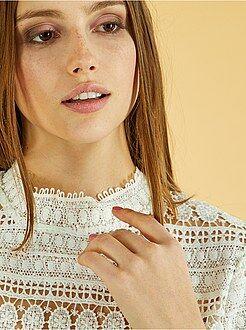 Top, blouse - Blouse col montant en dentelle - Kiabi