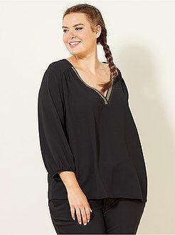 Top, blouse taille 46 - Blouse encolure V fantaisie - Kiabi