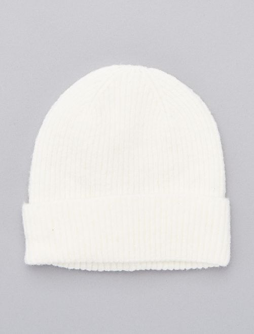 Bonnet à revers avec laine                             blanc