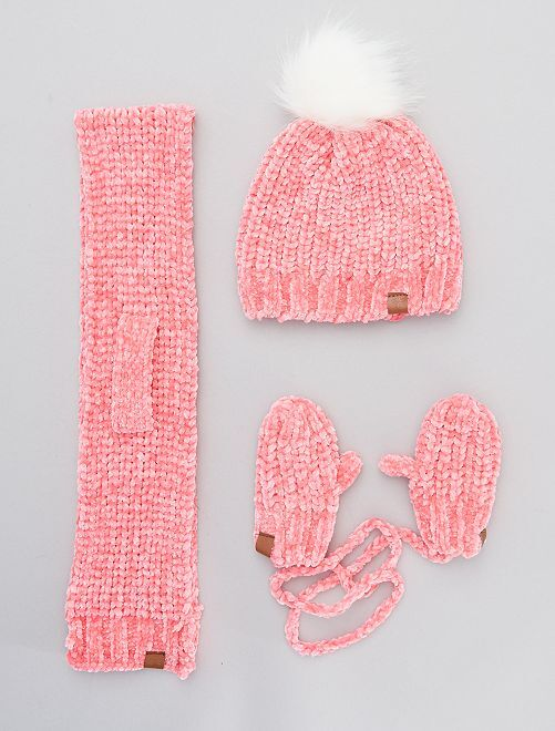 Bonnet avec écharpe et moufles                     rose