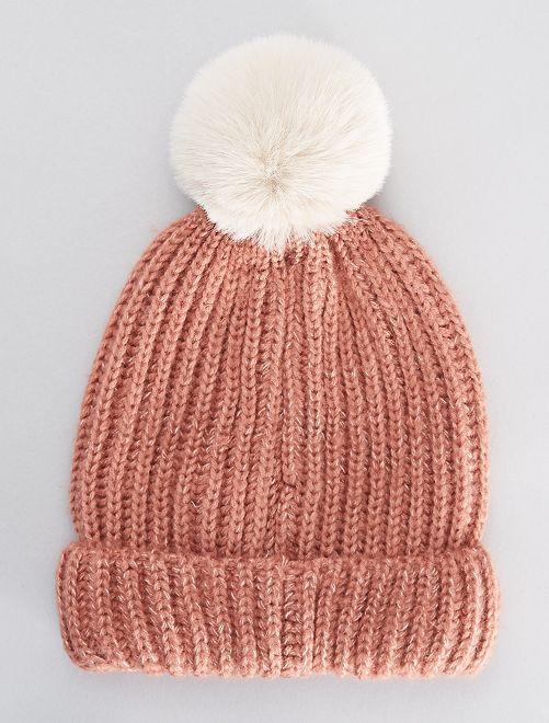 Bonnet en grosse maille et pompon                                                                 rose