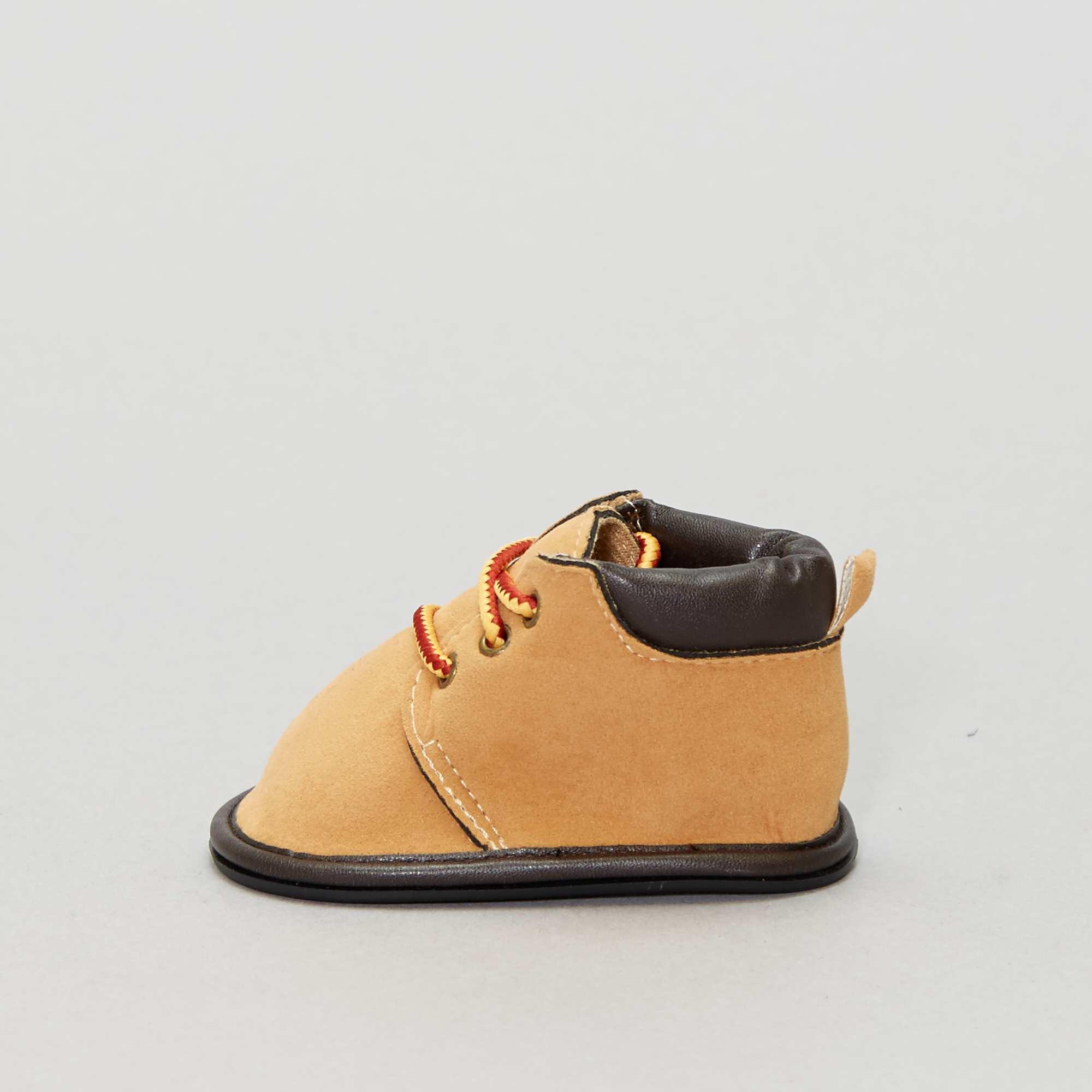 330ea10f5f538 Boots à lacets fantaisies Chaussures - camel - Kiabi - 7
