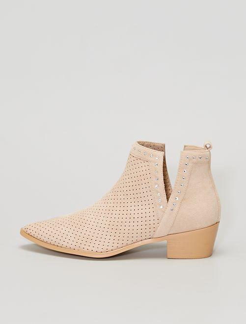 Boots ajourées avec strass                                         beige
