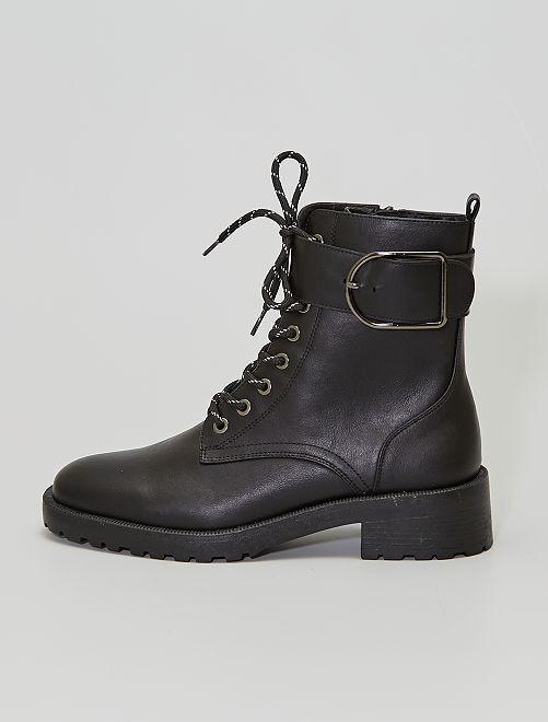 Boots avec boucles                             noir