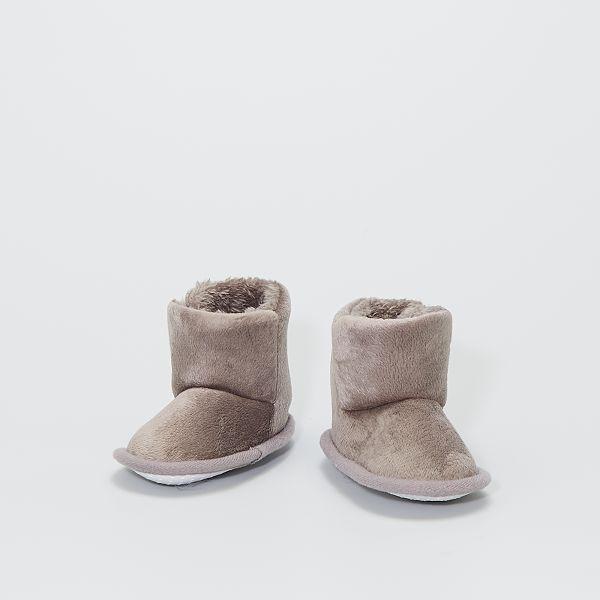 Boots chaussons en maille peluche
