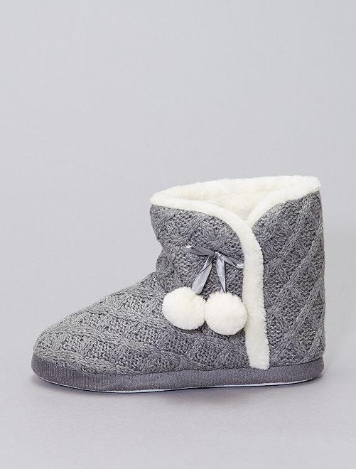 Boots chaussons en tricot fourrées                                         gris