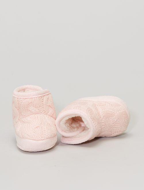 Boots chaussons en tricot fourrées                                         rose