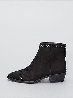 Boots en suédine avec rivets - Kiabi