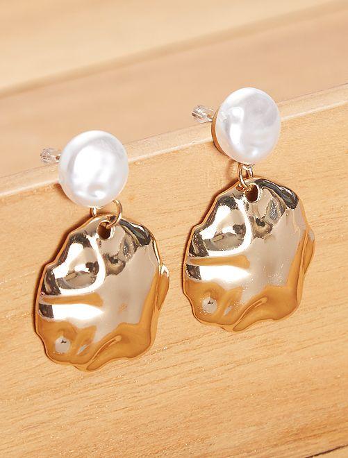 Boucles d'oreilles pendantes avec perle                             doré