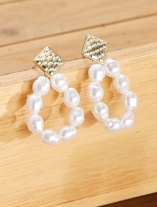 Boucles d'oreilles perles                             blanc