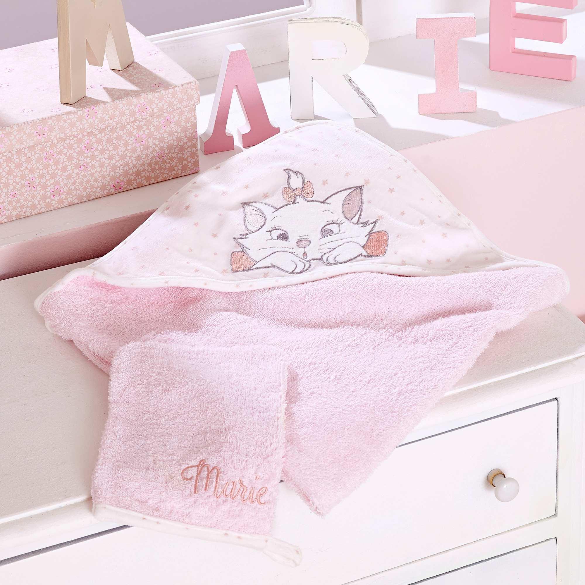 Couleur : rose pâle, , ,, - Taille : TU, , ,,Une cape de bain qui enveloppe bébé de douceur après son bain, avec son petit gant de