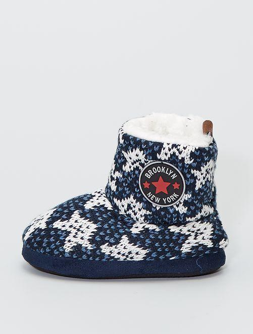 Chaussons boots en tricot                                         étoile