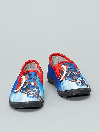 Chaussons `Captain America`
