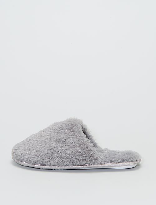 Chaussons forme mules                                         gris