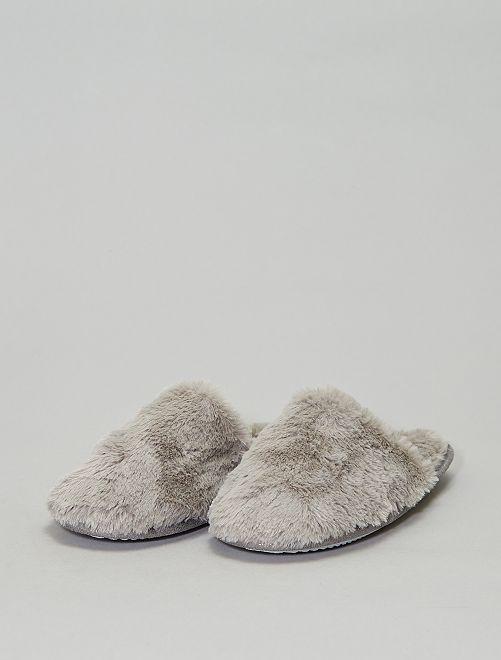 Chaussons mules fourrés                                         gris