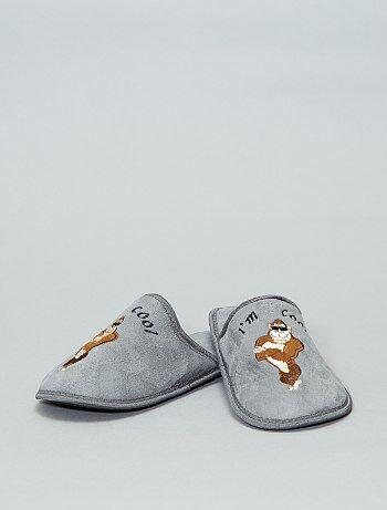 447cfac862a60 Chaussons mules  gorille  - Kiabi