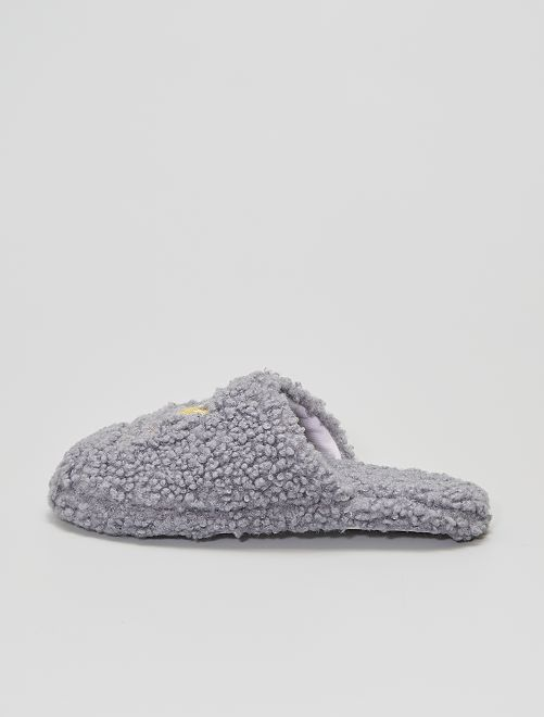 Chaussons mules                             gris