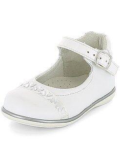 Chaussures, chaussons - Chaussures de ville détails coeurs - Kiabi
