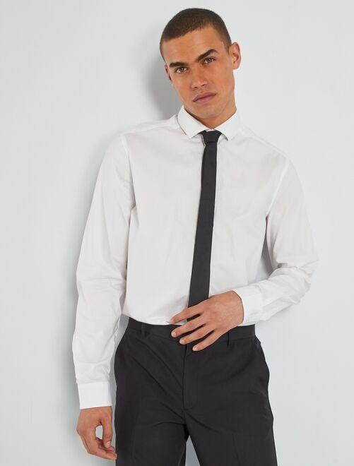 Chemise + cravate                             blanc