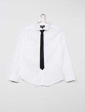 Chemise unie + cravate