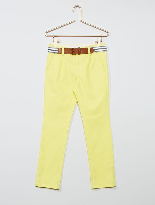 Chino slim + ceinture rayée                                                                 jaune