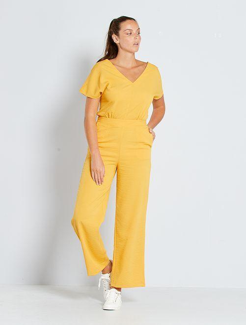Combinaison pantalon décolleté au dos                                         jaune