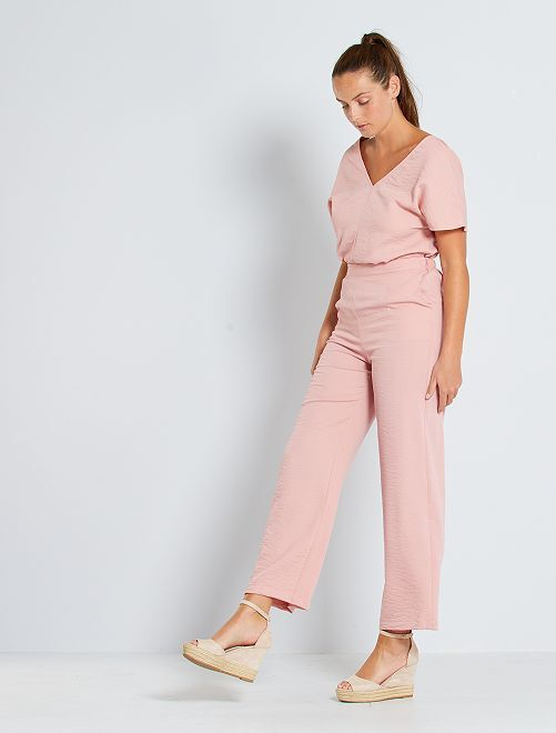 Combinaison pantalon décolleté au dos                                         rose