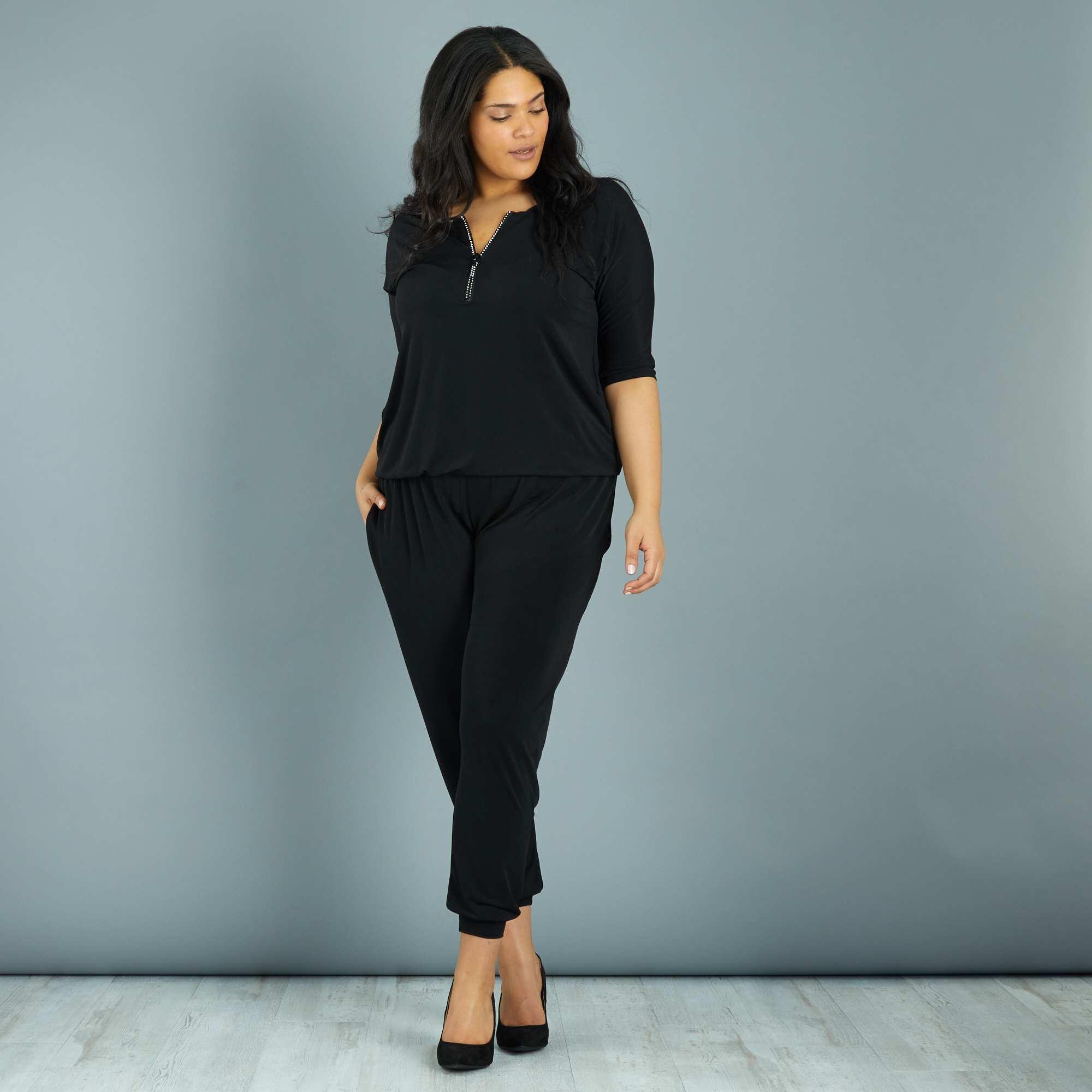 e643305a70a593 Combinaison pantalon encolure zippée à strass Grande taille femme ...