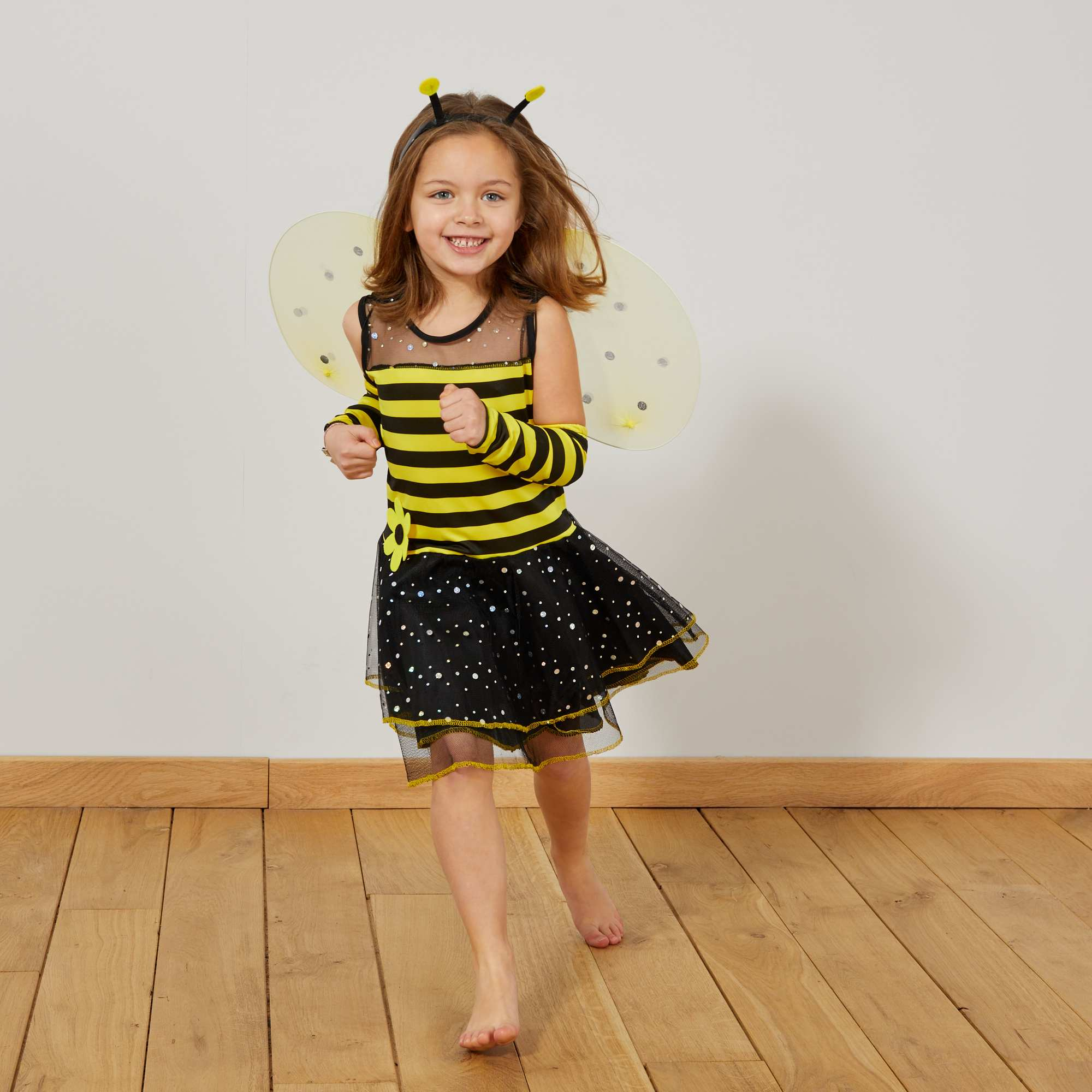 d guisement abeille fille enfant jaune kiabi 20 00. Black Bedroom Furniture Sets. Home Design Ideas