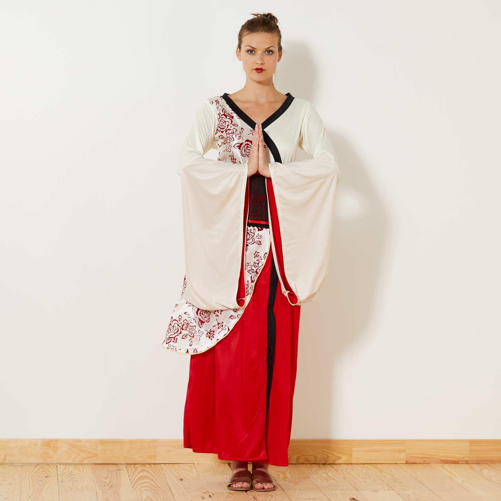 Banques de photographies de filles, geisha - bas, marche