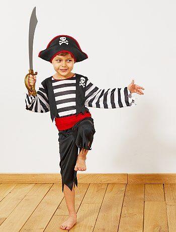 Product Couleur : noir/rouge, , ,, - Taille : 3/4A, 4/6A, ,,Habillement Déguisements / Enfant / Déguisement enfant / Héros  Avec ce déguisement, votre petit pirate aura des envies d'aventures ! - Déguisement  KIABI