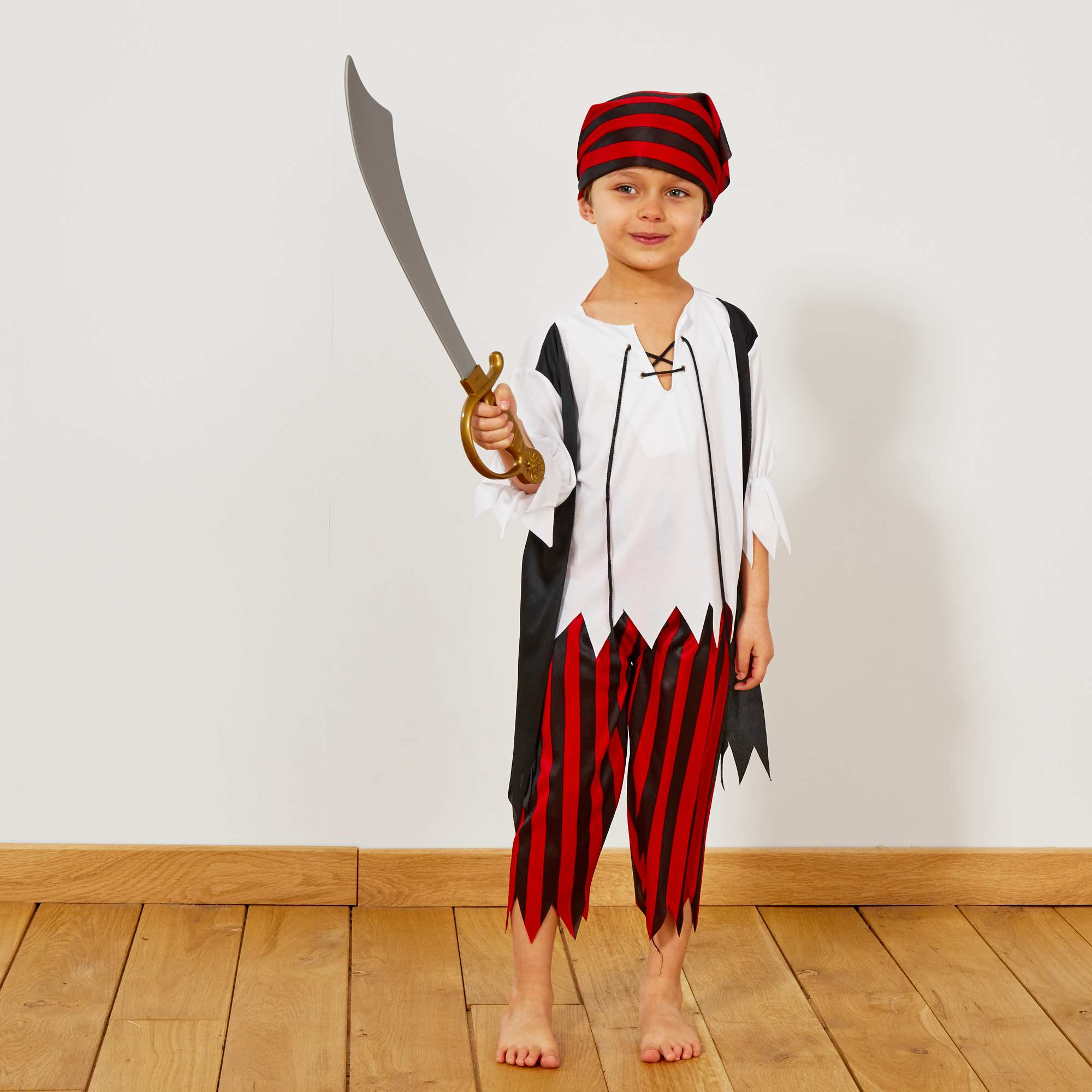 Couleur : noir/rouge/blanc, , ,, - Taille : 7/8A, 4/6A, ,,A l'abordage moussaillon ! - Déguisement de pirate - Comprend 1 pantalon, 1