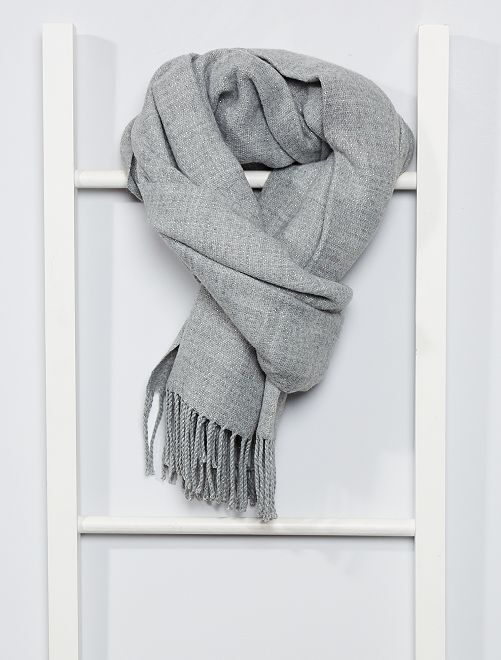 Écharpe à franges                                                                                                                                                     gris