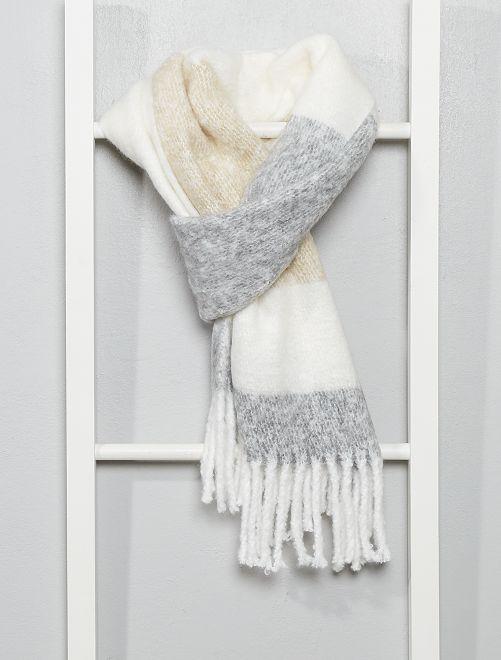Écharpe chaude à franges                                                     gris rayé